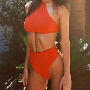 NEW Inamorata Emily Ratajkowski Stone Steps Bikini